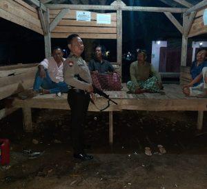 Lakukan Patroli dan Berikan Himbauan Salah Satu Upaya Polsek Bengkunat Dalam Pencegahan Penyebaran Covid-19
