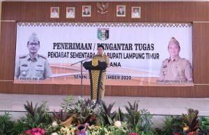 Serahkan Pengantar Tugas Pjs Bupati di Lamtim, Sekdaprov Fahrizal Ajak ASN Laksanakan Kewajiban Pilkada dengab Baik Meski dalam Pandemi Covid-19
